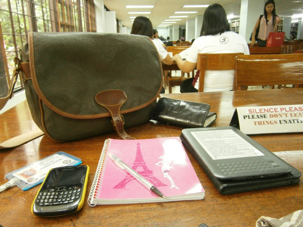 I always need a whole table for myself. Mulberry Bag Philippines