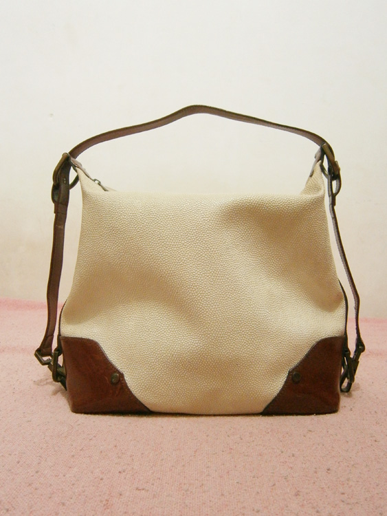 Mulberry white scotchgrain bag with adjustable leather strap - Manila, Philippines