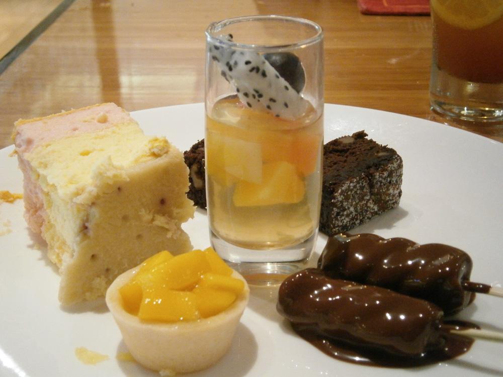 Desserts galore - Heat, EDSA Shangri-la Mandaluyong City Philippines