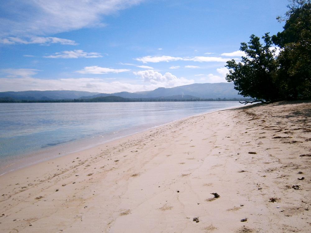 North side of the Island - Potipot Island, Zambales