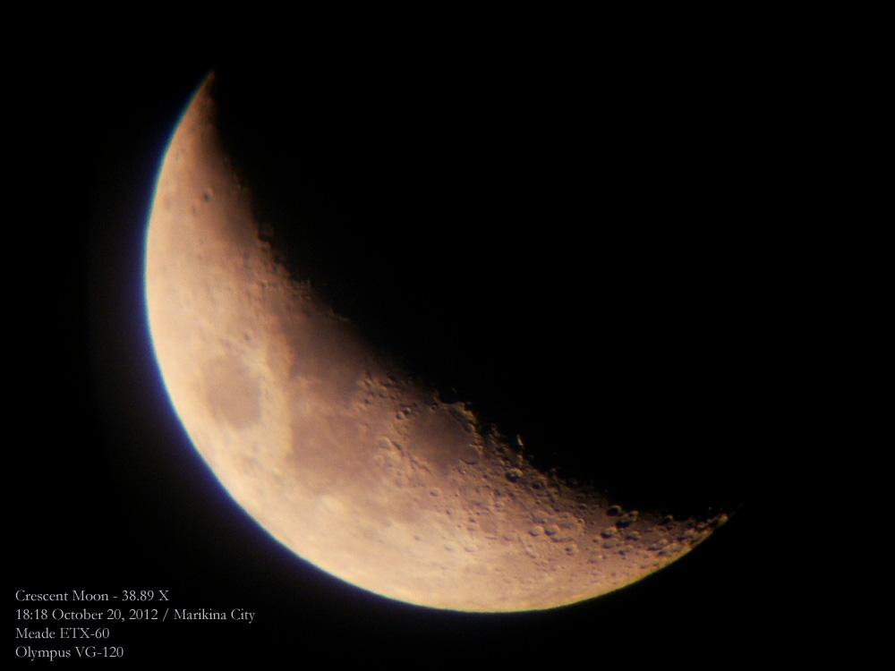Crescent Moon - October 20, 2012