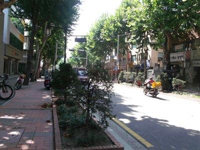 Donhwamun Road leading to Changdeokgung, Seoul, South Korea