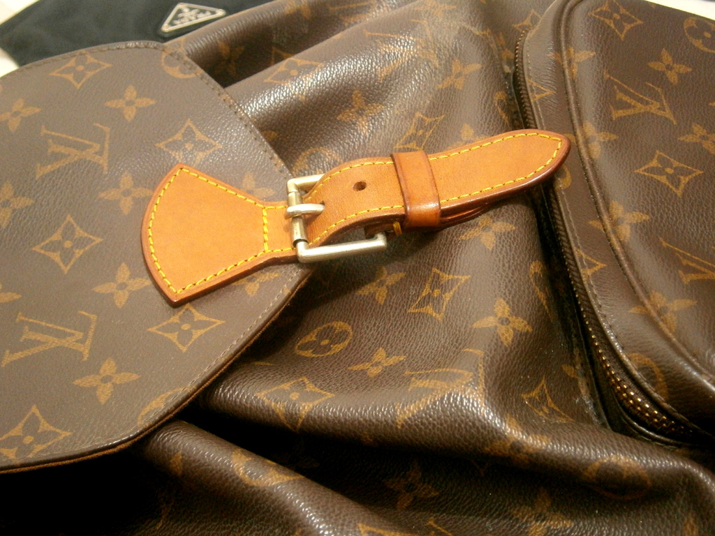 Louis Vuitton Monogram Montsouris GM backpack - Manila, Philippines