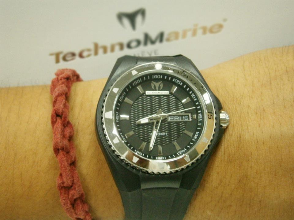 Had to change from white to black immediately - Technomarine Cruise Original 110042 watch
