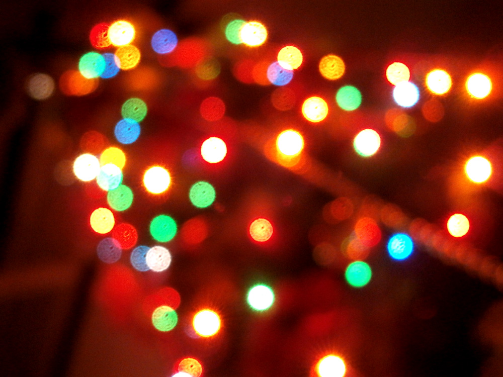 Lights looking nicer when out of focus =) - Christmas in the Philippines