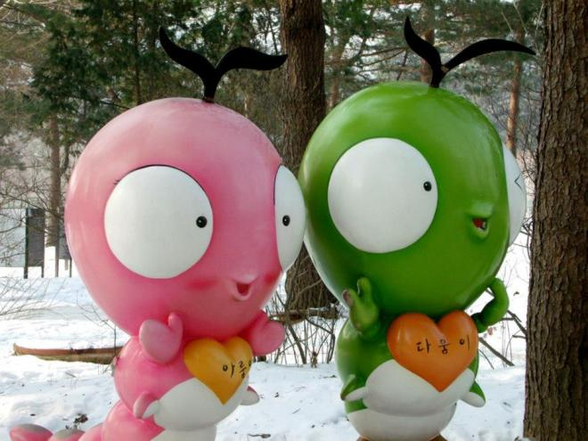 Caterpillar statues --- Winter in Seoul December 2012 - Day 3: Nami Island