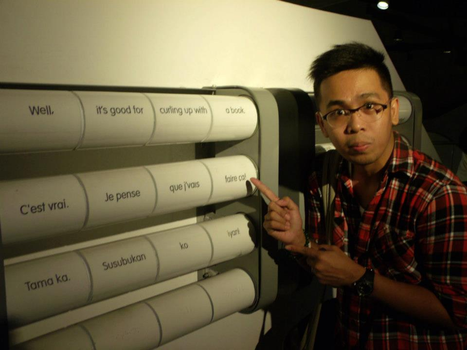 Of course, a mandatory photo with something French - The Mind Museum at Taguig