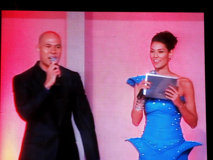 Rovilson Fernandez and Joey Mead --- such a beauty