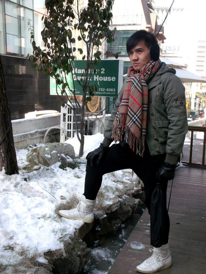 Snowy porch of Namsan Guesthouse 2