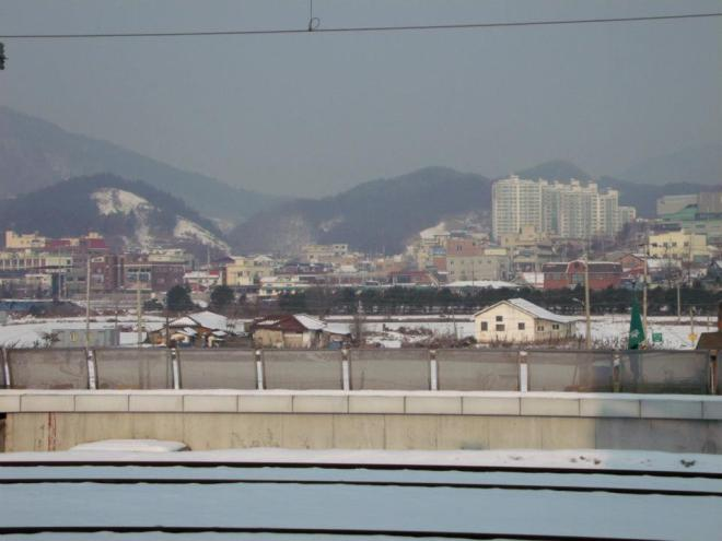 Stopping by Cheongpyeong station --- Winter in Seoul December 2012 - Day 3: Nami Island