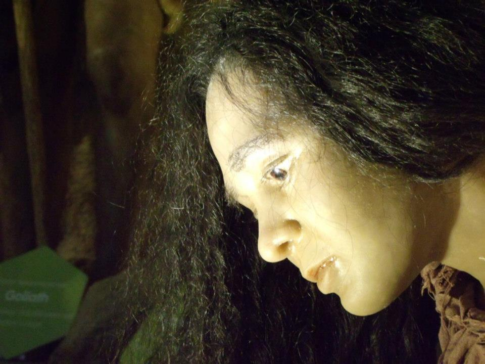 Uncanny valley kicking in, this lady looked so life-like  - The Mind Museum at Taguig