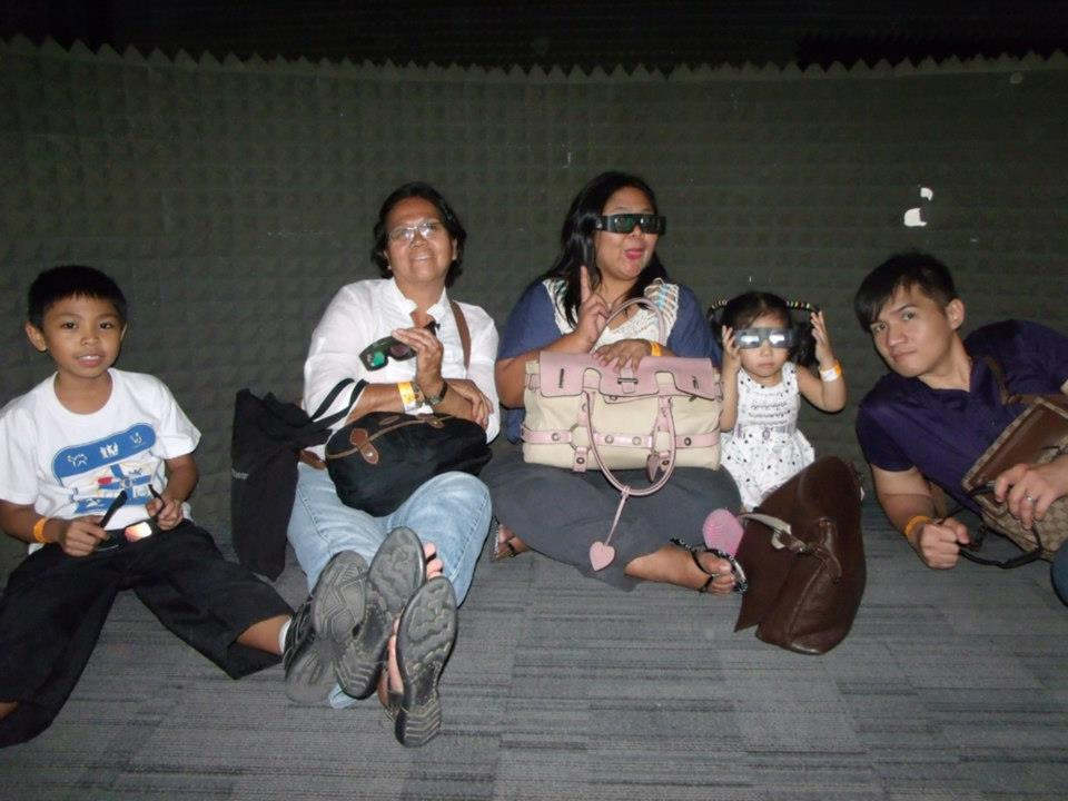 Waiting for the 3D show to start - The Mind Museum at Taguig