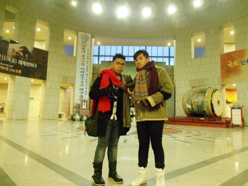 Mon and I in the lobby of the War Memorial of Korea