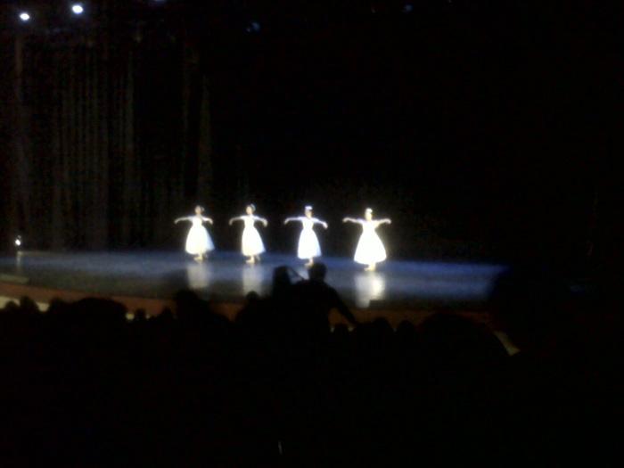 Pas de quatre of Yewon Dance Company