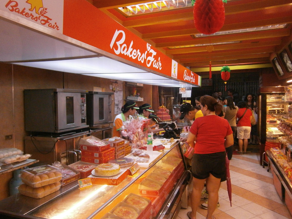 Baker's Fair in Binondo  -  Chinese New Year 2013
