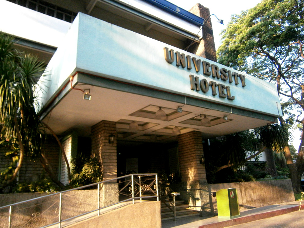University Hotel's entrance in UP Diliman