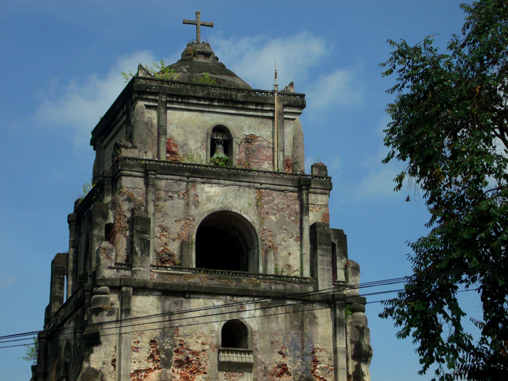 Sinking Bell Tower in Laoag city center