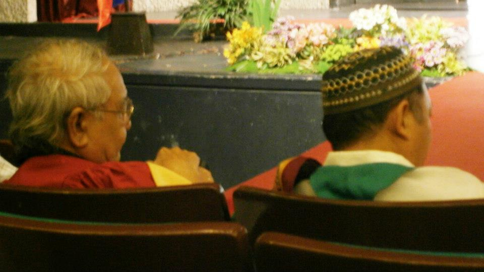 We were seated two rows behind former UP President Nemenzo and my Anthro prof two years ago, Dean Nestor Castro - CSSP@30 Recognition Rites