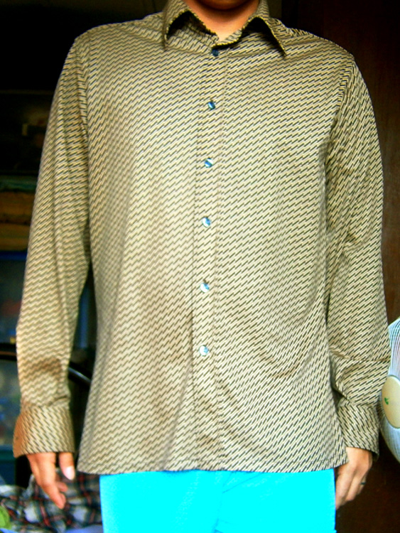 A 'before' shot of the MEXX longsleeves shirt