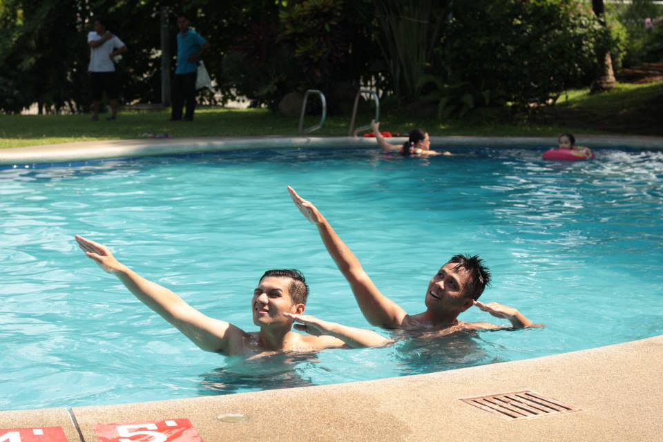 Synchronized swimming LOL