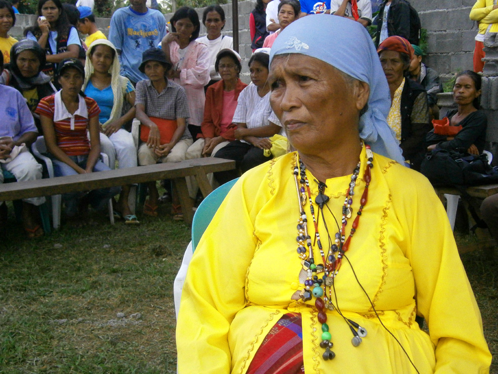 Aling Clarita, the star of the Tedurays in Upi