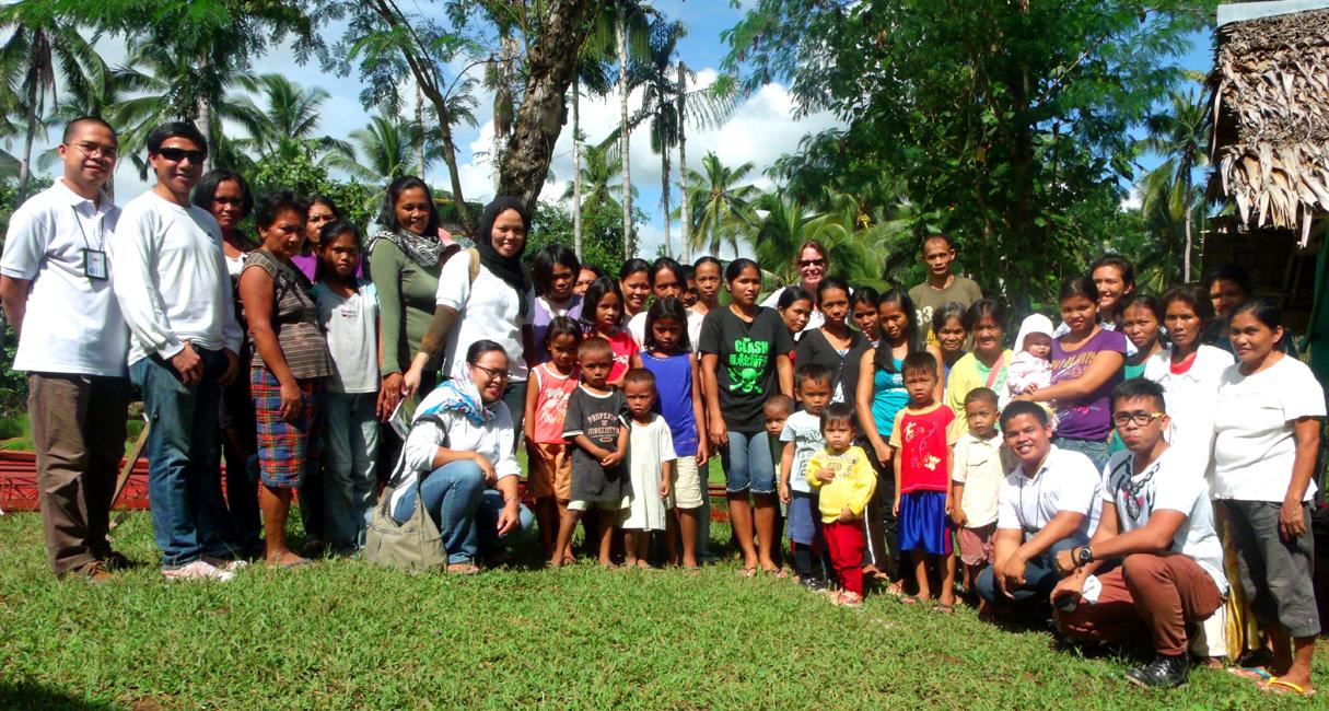 Photo with our beneficiaries in Kolambugan