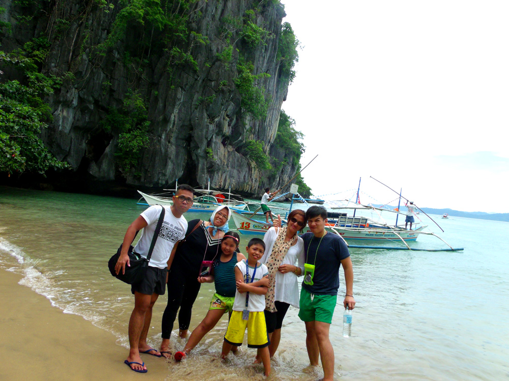 Finally arrived at the beach going to the Underground River