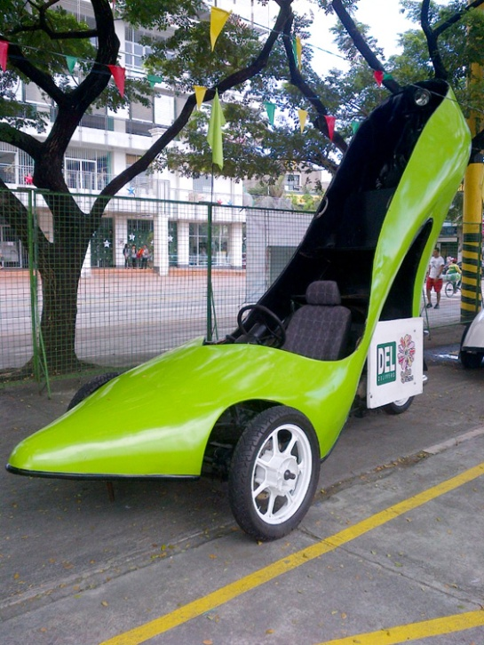 Giant shoe automobile, shoe car Marikina City