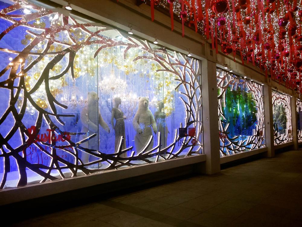 Christmas 2014 display window of Rustan's Makati